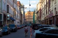 Одна из московских улиц станет полностью пешеходной