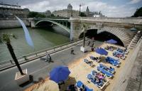Париж готовится к новому пляжному сезону