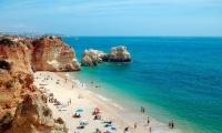 Большое количество пляжей Португалии завершили купальный сезон
