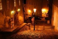 Бездомные будут проводить экскурсии по Праге