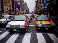 Токийские пассажиры такси перестанут забывать свои вещи на задних сидениях