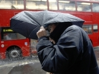 Транспортные проблемы в Великобритании вызваны сильным ветром