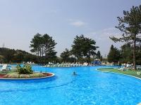 В крымском отеле «Ателика Таврида» открылся новый бассейн