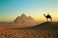 По мнению Медведева, Египет должен посетить каждый