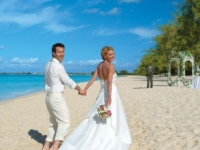 В Италии, на пляже, была проведена регистрация брака