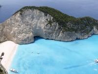 Греция старается сохранить дружественные отношения с Россией