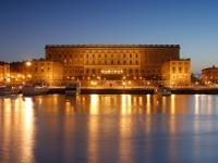 Королевский дворец в Стокгольме – действующая резиденция и музей