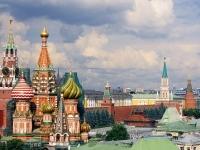 Сделайте незабываемой поездку в «Лучший город земли» — Москву.